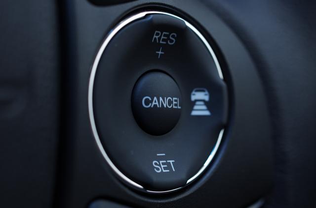 ACCは車の運転の疲れを軽減させる